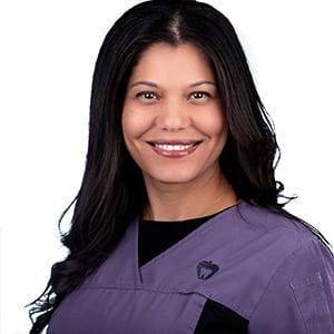 Robyn – Dental Hygienist